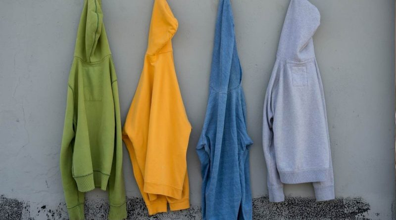 melhor-cor-roupa-infantil-usar-inverno-2021